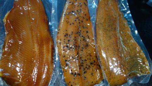 kaltgeräucherte Fischfilets