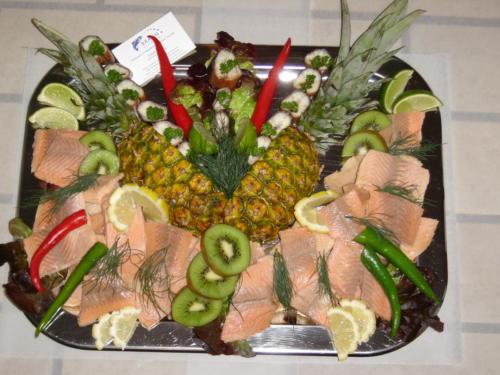 Leckere Fischplatten, frisch zubereitet.