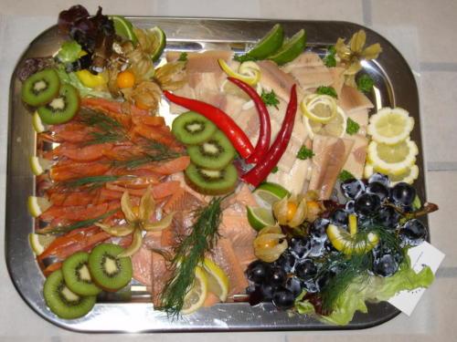 Fischplatten für Jubiläen, Geburtstage und Hochzeiten.